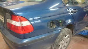 BMW wlew pod klapke benzyny